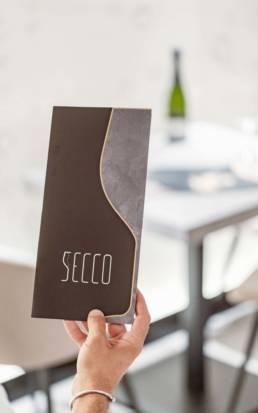 Progetto Secco Bollicine - A tutto tondo agency